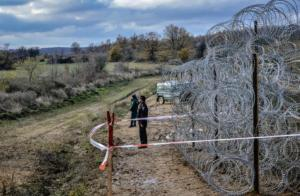 fence_at_the_bulgarian-turkish_border2