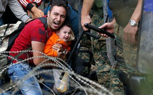 _Macedonian-riot-p_3414396b
